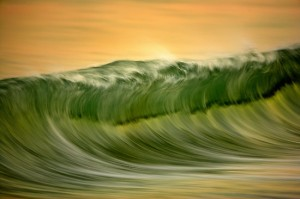 2064732-2-green-wave