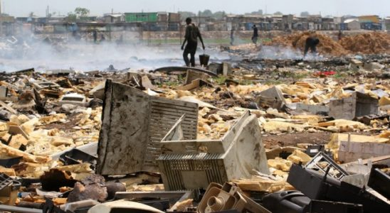 Une décharge de déchets électroniques au Ghana